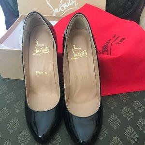 Chriistian Louboutin Black shoes